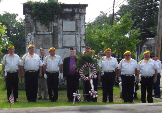 honorguard_burns_gravesite_may_2010.jpg